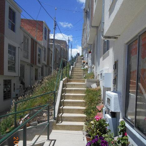 Vivienda de inter s social en el norte de bogot for Barrio ciudad jardin norte bogota