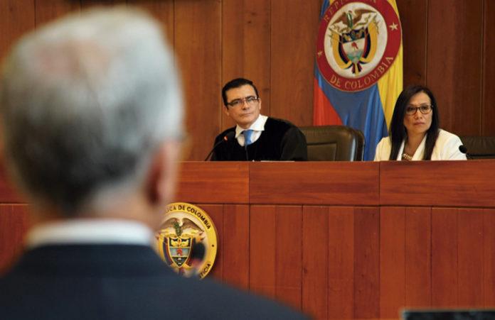 Álvaro Uribe en el banquillo de los acusados