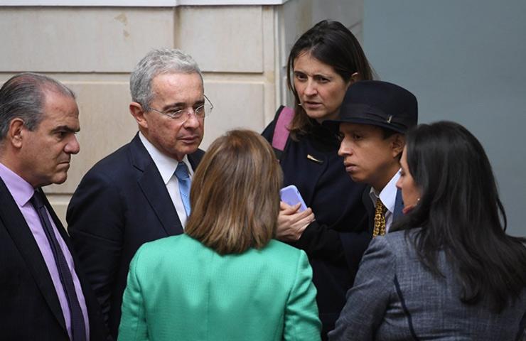 Centro Democrático no quiere que Congreso sesione - Semanario Voz